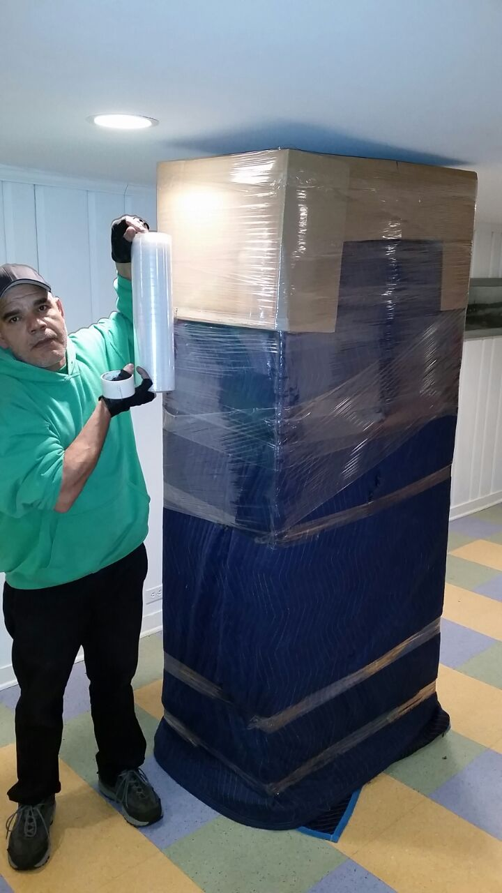 How We Safely Wrap Big Furniture Items